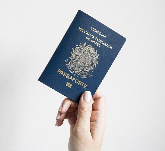 Gardez une adresse en France, même à l'étranger !