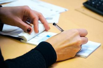 Nous proposons un service d'encaissement de vos chèques !